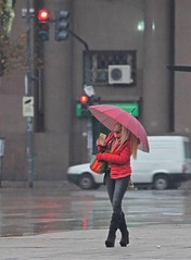 La lluvia (carlos_ar2000) Tags: lluvia rain paseo walk chica girl mujer woman bella beauty sexy calle street linda pretty gorgeous dof color colour montserrat buenosaires argentina