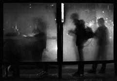(Claudio Blanc) Tags: street streetphotography fotografiacallejera buenosaires argentina blackandwhite blancoynegro bn bw