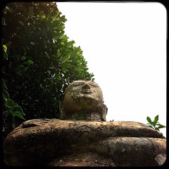 #Hipstamatic #Watts #Love81 #asia #ceylon #Colombo #sri_lanka #buddha #lord #green (Bruno Abreu) Tags: instagramapp square squareformat iphoneography uploaded:by=instagram