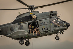 SAR (Juan Serra) Tags: sar helicoptero rescate vuelo ejercito aire madrid samur