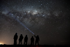 (Nico Rodrguez) Tags: astrofotografa estrellas nocturna fotografianocturna siluetas contraste patagonia cielos lightpainting