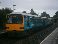 143622 @ Dinas Powys (ianjpoole) Tags: arriva trains wales 142069 143622 working 2y19 aberdare barry island