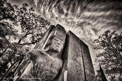 Here lies Oscar Wilde (Angelo Bufalino - AirTeamImages) Tags: poet oscarwilde pre lachaise cemetery prelachaisecemetery