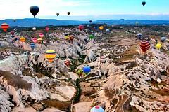 Spotted (dltaylorjr) Tags: hotairballoon unesco turkey anatolia centralanatolia bronzeage centralturkey nevsehir balloonride goreme cappadocia balloons balloon spotted