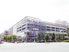 Urban Dock LaLaport Toyosu (Dick Thomas Johnson) Tags: japan tokyo koto toyosu       urbandocklalaporttoyosu lalaport  shoppingcenter  shoppingmall