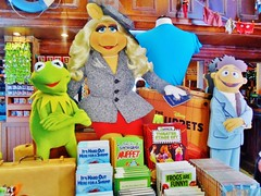 Hollywood Studios (Elysia in Wonderland) Tags: world christmas walter usa holiday america piggy lucy orlando florida muppets books disney hollywood merchandise cutouts studios muppet miss mgm kermit 2012 elysia standees
