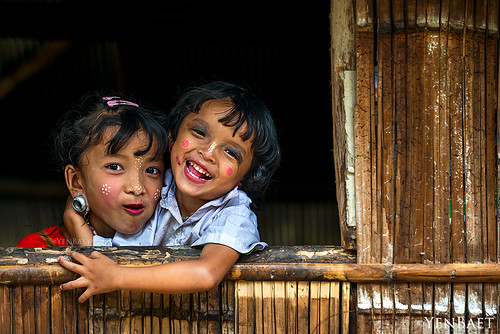 Chiang Mai - Sisters from the Hill Tribe