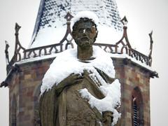 Saint Maurice et son blanc manteau (Schneider Vincent) Tags: france saint statue de europe maurice ciel alsace neige blanc gothique eglise grès patrimoine haut région rhin guebwiller soultz florival