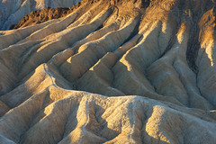 Zabriskie Patterns (wellscenephotography (ON)) Tags: park light shadow lines sunrise landscape death desert curves national valley