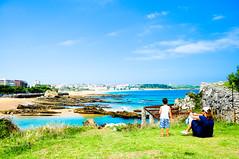 La Playa de Santander.The Beach of Santander. () Tags: trip espaa beach spain nikon europe playa espana vasco santander pais  d90 removedfromstrobistpool nooffcameraflash seerule1 zhutaobcn