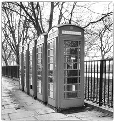 London Phone Booth (Craig Pitchers) Tags: leica london europe unitedkingdom britain phonebooth telephonebooth callbox vlux3 leicavlux leicavlux3
