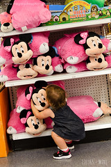 TWELVE - Mini (Megan Johns Photography) Tags: mini minniemouse toysrus lilla 12365 projectlife365