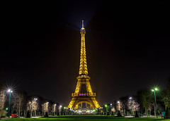Eiffel Tower, Paris (rkmalik) Tags: paris france tower night lights eiffeltower illumination eiffel toureiffel mk2 5d mukesh jat 2470mm rakeshmalik