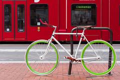 Fixie (llabe) Tags: color train singlespeedbike fixie bicycle bike city downtown urban portland oregon nikon d750
