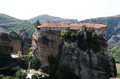 lonely mountain top (denbedstetid) Tags: mountain canon g7x greece meteora