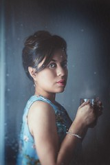 Portrait. (www.juliadavilalampe.com) Tags: photography blue rain rainy tea lluvia portrait austria vienna wien viena sterreich indoors window light selfie selfportrait autorretrato