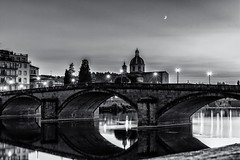 The moon and stars over Florence (Anthony Plancherel) Tags: architecture category citiestowns florence italy moon natural night nightscenes places sanfredianoincestello time travel ponteallacarraia bridge stone river arnoriver riverarno firenze europe european church dome domedroof placeofworship streetlamps lightstars blackandwhite reflections bw monochrome whiteandblack lightandshadow evening twilight crescentmoon canon1585mm canon70d canon architecturephotography travelphotography cityscape italian arches arch span spanning