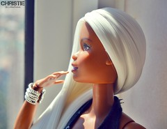 Christie (Lisbon_Fashion_Dolls) Tags: reroot barbie blackdoll blackdolls christie white hair platinum hairdoll dollshair madetomove mattel macro barbiedoll barbiehair barbiecollector