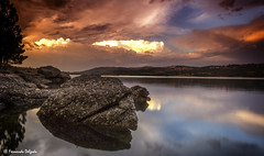 Sunset Albufeira de Vilar (Fernando Delgado) Tags: prdosol faia portugal barragem cu sky sunset water rocks granito rochas nuvens cores