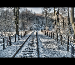 Winter in Essen (Germany) / Hespertalbahn (Photofreaks) Tags: schnee winter snow nature germany geotagged deutschland landscapes essen scenery december district natur tracks eisenbahn railway steam polarexpress dezember ruhr ruhrgebiet gleise 2012 landschaften ruhrpott baldeneysee hespertalbahn adengs wwwphotofreaksws shopphotofreaksws geo:lat=51389254507883756 geo:lon=7060303688049316