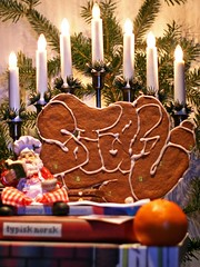 It's Beginning to Look a Lot Like Christmas (Stayone) Tags: christmas its look oslo norway graffiti god like lot beginning jul merrychristmas stay gpt kake kd pepperkake godjul kingsdestroy
