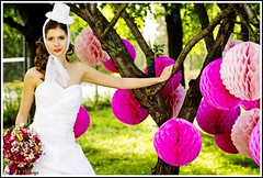 wedding hat julia carina design (Eskvi fejdsz) Tags: wedding white fashion design hungary julia handmade lace carina wear showroom accessories bridal visual magyar weil ruha stylist eskv weddign fehr fascinator individuell fot menyasszony ftyol eskvi kiegszt kszlt stdi kzzel csipke egyedi kszts artbalance fejdsz csipks eskv visualmerchandieser merchanieser