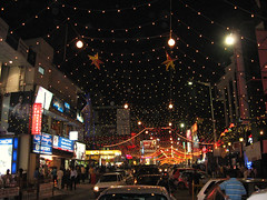 Bangalore - India -  Brigade Road (ShambLady is travelling wants to, but cant keep up) Tags: road christmas street xmas india streets night lights evening downtown nacht centre bangalore decoration streetlife center avond karnataka 2008 rd brigade brigaderoad verlichting kerstverlichting bengaluru 24122008