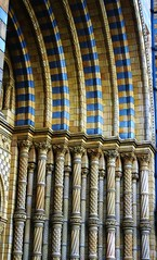 Entrance columns at The Natural History Museum, London. (favmark1) Tags: naturalhistorymuseumlondon nhmskating