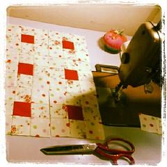 Quando o inverno chegar quero ter uma colcha nova.... (Joana Joaninha) Tags: casa carinho patchwork cama joanajoaninha flickrandroidapp:filter=none