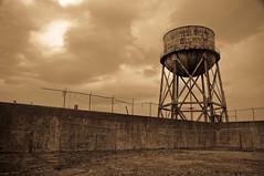 San francisco - alcatraz - playground (greg..!) Tags: old usa playground sepia san francisco sad tank reservoir prison triste jail alcatraz vieux cour detente rcration