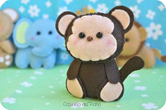 Macaquinho (Casinha de Pano) Tags: handmade felt macaco feltro leão girafa urso elefante chaveiro lembrancinhas