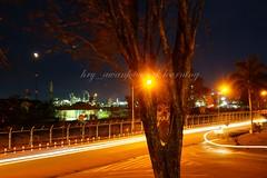 Suasana depan Pabrik (Hery Awan) Tags: street night sony migas balikpapan minyak pertamina kilang