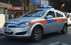 Metropolitan Police | Vauxhall Astra | Incident Response Vehicle | GQL | BX10 LFP (Chris' 999 Pics) Tags: old uk blue light england woman man speed lights bill pc nikon bars order cops united nick blues kingdom cop copper and service law enforcement breakers emergency 112 siren coppers arrest policeman 999 constable 991 twos strobes policing lightbars d3200 rotators led's