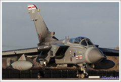 TORNADO GR4 ZG707 EB-Z (Gaz West) Tags: two italy west plane canon eos grey is back fighter aircraft pair air main gaz wave spoon camo crew former fleet now bomber tornado defence raf tonka jetfighter 41 119 adv luftwaffe sqn panavia gr4 coded coningsby 50d ebz twinstick airdefence 400d canon400d canon50d rafconingsby ttte gazwest airdefencevariant electricflickknife zg707 ghastlywhisper