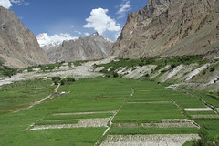 Hushe Village (Ibne Batuta - Back to Business) Tags: pakistan concordia k2 skardu baltistan beautifulvillage hushe hushay