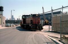 Finkl Steel 4-10-86 (jsmatlak) Tags: chicago milwaukee road soo line kingsbury lakewood freight railroad switcher branch street north side industrial finkl