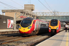 Class 390016 & 221 @ Stafford (Blundell Photography) Tags: class 221 390 stafford virgin trains voyager