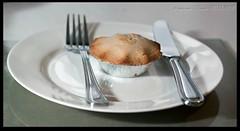 Tonight's dessert is... (zweiblumen) Tags: applepie knifeandfork plate porterin purtchiarn isleofman ellanvannin canoneos50d canonef50mmf18ii polariser canonspeedlite430exii lumiquestpocketbouncer zweiblumen photoshopcs4