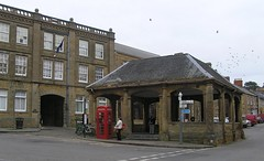 The Cornhill, Ilminster, Somerset (Tony Ethridge) Tags: red telephone somerset boxes telephonebox phonebox redphonebox ilminster cornhill