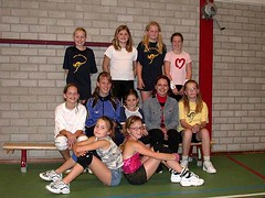 2004 Mini  5 en 6 - Tr. Inge van Lenthe en Marieke Kremer - Ilse, Angela, Marli, Britt, Vera, Laura, Patricia, Ilse, Jenine