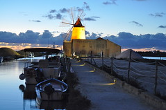 sicilia (martem@r) Tags: sunset sea nikon tramonto mare sale salt saline sicilia mulino trapani marsala mozia sicile sizilien sicili d90 mothia sanpantaleo martemar1 martemr