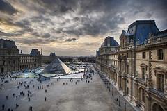 Palais du Louvre (Laurent photography) Tags: city wallpaper sky cloud paris france c