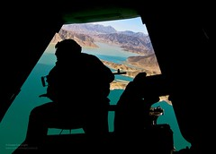 Merlin Helicopter Door Gunner Over Afghanistan. (Defence Images) Tags: uk afghanistan photography military free competition photographic british defense defence raf personnel royalairforce helmand campleatherneck nonidentifiable usdeputysecretaryofdefense kajakaidam