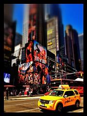 NEW YORK NEW YORK (*atrium09) Tags: nyc travel newyork yellow publicidad dof taxi iphone atrium09 rubenseabra americaneglee