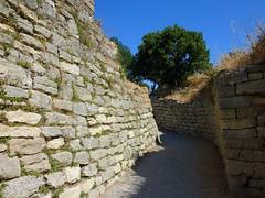 Part of the legendary walls of Troy (VII), the site of the Trojan war (Unesco world heritage) (Frans.Sellies) Tags: turkey troya troja troy unesco trkei troia truva troje ilium     p1370818 i i