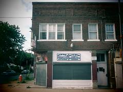 Wizzie's Quick Stop Corner Store. (david grim) Tags: unionmilespark cleveland oh ohio cuyahogacounty streetphotography eastside wizzies conveniencestore cornerstore quickstop