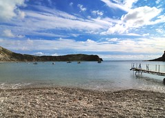 Lulworth Cove (gillybooze) Tags: allrightsreserved weather sky beach shore sea clouds seascape vista jetty