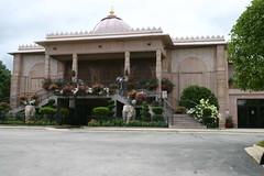 Shree Swaminarayan Temple (niureitman) Tags: itascaillinois itasca illinois temple elephant august2016 2016 august architecture building religious