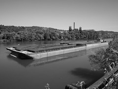 towboat Lawson W. Hamilton Jr passes by the CARRIE furnaces near Pittsburgh, PA (photography_isn't_terrorism) Tags: towboat monongahela monongahelariver barge barges elrama locksanddam