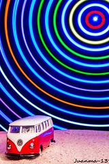 CIRCUMOLAR COSMICA (jmrobles_13) Tags: estrellas polar circumpolar ligthpainting largaexposicion longexposure mallorca colores maqueta coche miniatura arena noche